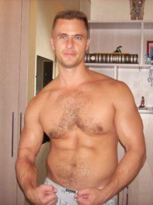 Тренировки, накачка мышц, красивое тело